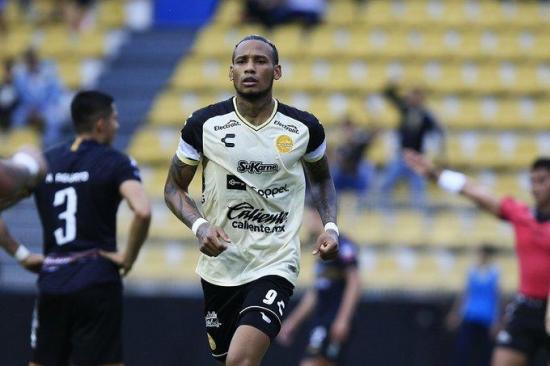 Liga de Portoviejo confirma contratación de Vinicio Angulo