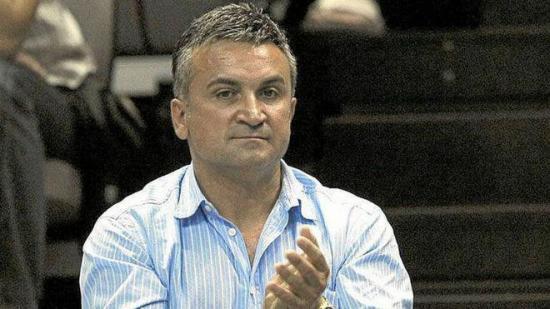 El padre de Djokovic culpa al búlgaro Dimitrov del brote de Covid-19 en torneo