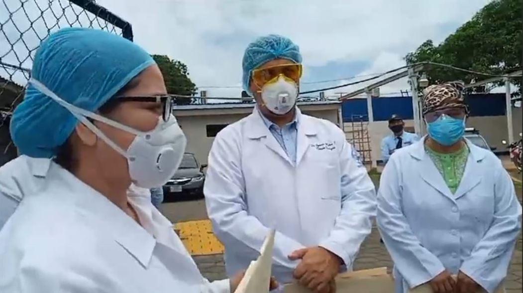 Médicos despedidos en medio de pandemia en Nicaragua demandan su reintegro
