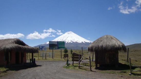 Ecuador reabre el parque Cotopaxi para impulsar el turismo tras la cuarentena