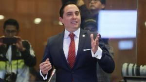 El manabita Daniel Mendoza renuncia a su cargo de asambleísta, en medio de investigación en su contra