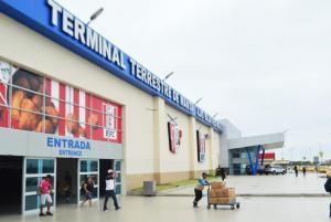 Duplican el valor de tasa de ingreso a la terminal terrestre de Manta