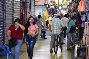 El 45% de locales comerciales de la calle Alajuela abrió sin permiso municipal