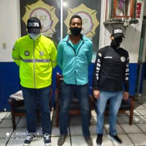 Capturan a implicado en triple crimen