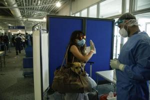 Grecia abrirá el 15 de julio aeropuertos a vuelos procedentes del Reino Unido