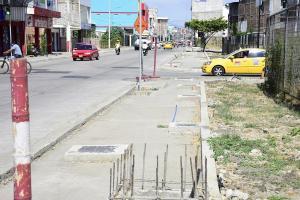 Le exigen al Municipio de Portoviejo que asfalte las nueve manzanas del centro