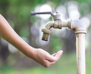 Varios sectores de Portoviejo estarán sin agua potable por daño en la planta de Guarumo