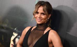 Halle Berry renuncia a un personaje transgénero tras polémica en redes sociales