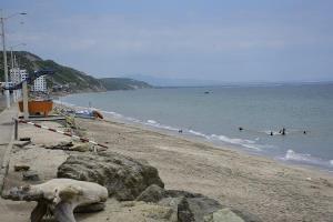 Seis playas de Manabí se reabren el 22 de julio