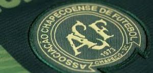 Por 14 infectados con COVID-19 cancelan partido del Chapecoense en Brasil