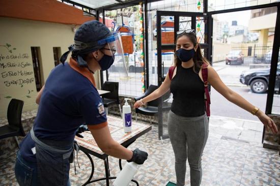Ecuador registra 68.459 casos de Covid-19 tras casi cuatro meses de emergencia sanitaria