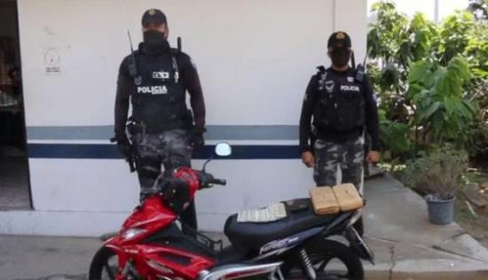 Operativo deja un detenido y dos paquetes de droga decomisados en la San Pablo