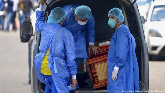 Colombia pasa la barrera de las 10.000 muertes por covid-19