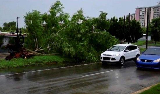 El huracán Isaías a punto de impactar el centro y noroeste de Bahamas