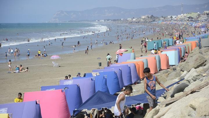 Seis cantones de Manabí podrían abrir sus playas este miércoles 5 de agosto