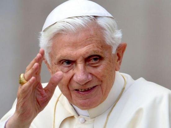 El papa emérito Benedicto XVI está gravemente enfermo, según biógrafo