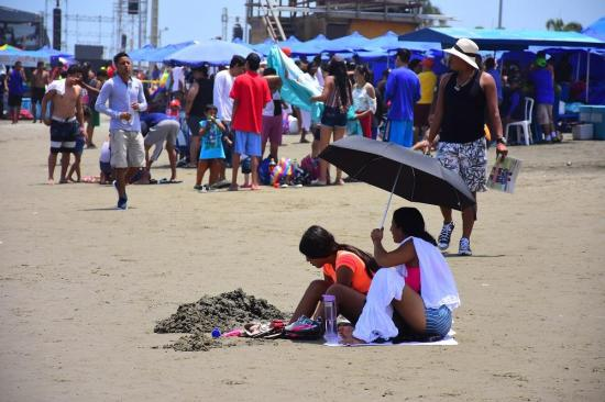 Las playas de Manabí siguen cerradas hasta nueva revisión de los COE cantonales