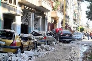 Más de 100 desaparecidos y miles de personas sin casa tras explosión Beirut