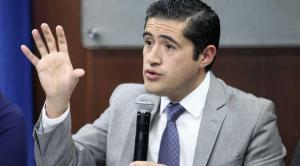 Ecuador logra un alivio financiero tras diferir pago de deuda con banco chino