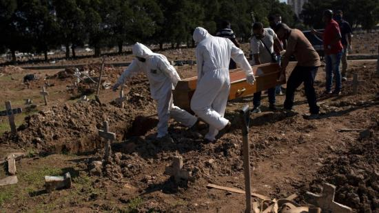 Brasil se convierte en el segundo país en superar las 100.000 muertes por covid-19