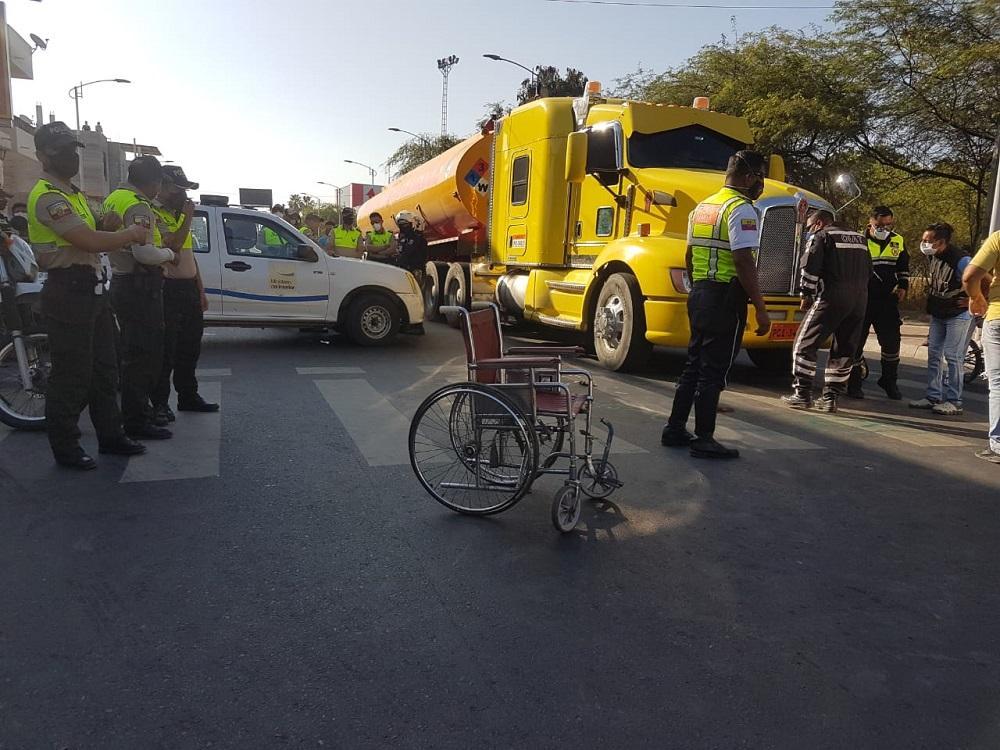 Hombre que pedía limosna en la avenida 4 de Noviembre murió atropellado