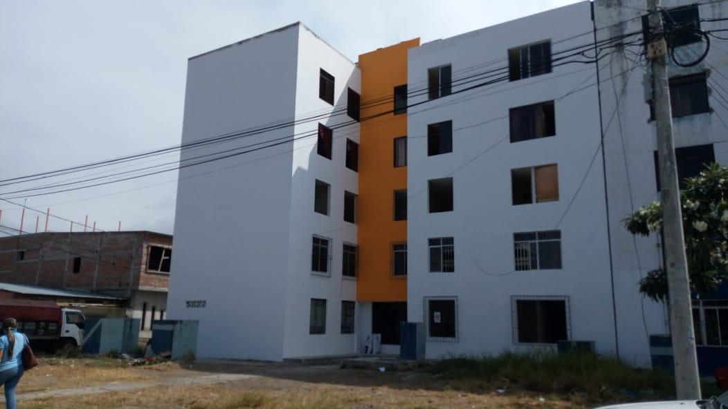 Acuerdo con empresa privada para reparar departamentos en edificios de El Palmar