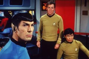 Crear traje inflable contra covid-19 inspirado en Star Trek