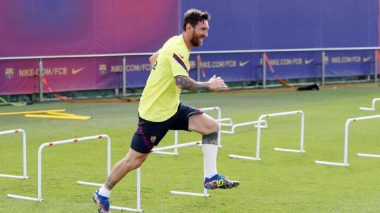 Leo Messi se entrena con normalidad; Dembélé sigue mejorando