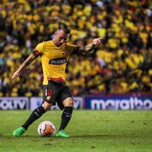Tras cinco meses de suspensión por COVID-19, Deportivo Cuenca y Barcelona reanudan el torneo de fútbol ecuatoriano