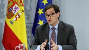 CORONAVIRUS: España prohíbe fumar en la calle y cierra las discotecas