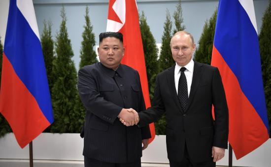 Putin y Kim Jong-un se comprometen a reforzar sus lazos bilaterales