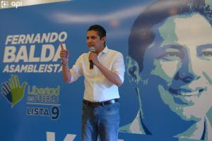 Fernando Balda desiste su candidatura a la presidencia de Ecuador