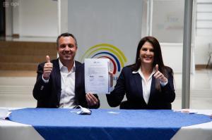 El manabita Guillermo Celi hace oficial su candidatura a la presidencia de Ecuador