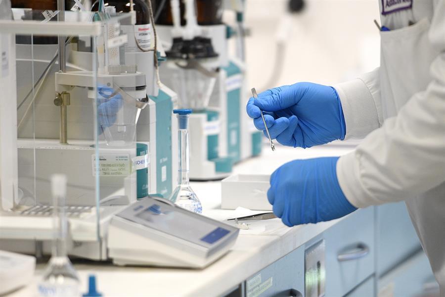 Terapia con plasma de sobrevivientes puede disminuir la gravedad de la Covid-19