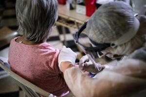 La OMS recomienda vacunarse contra la gripe para luchar mejor contra la pandemia de Covid-19