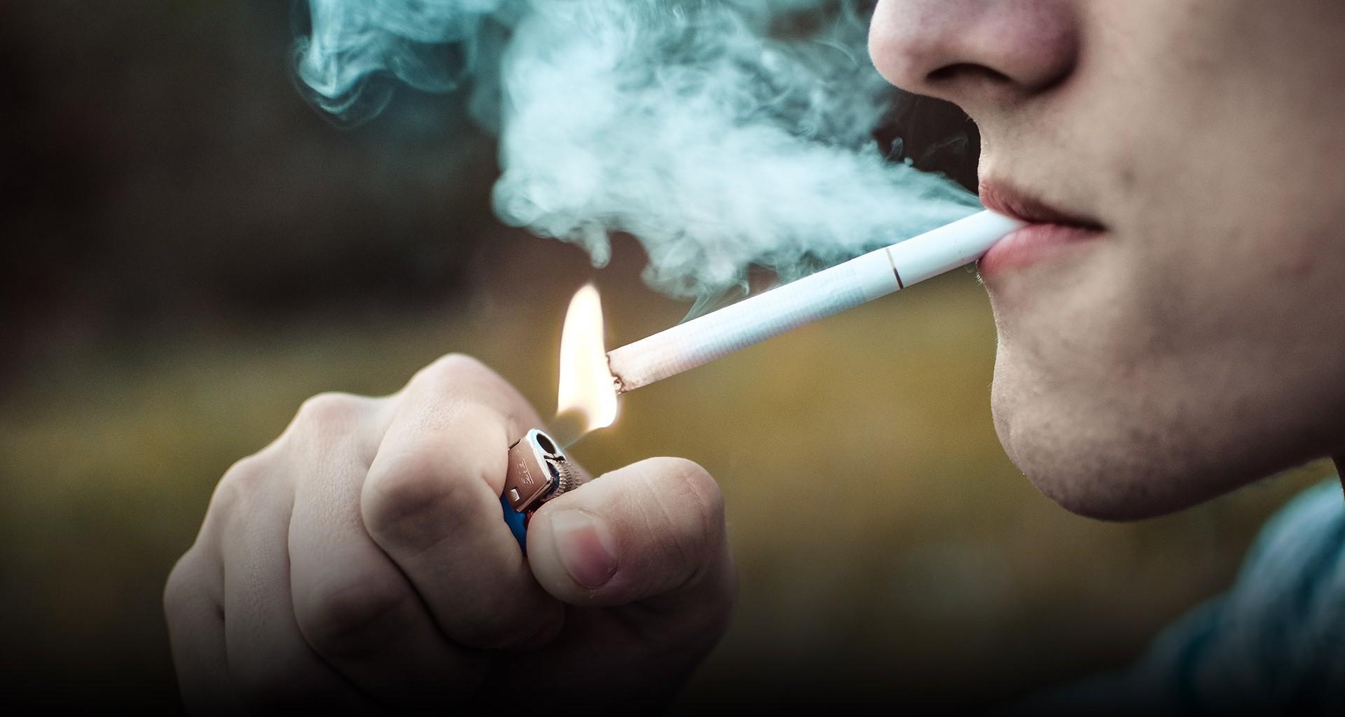 Hallan un vínculo entre el tabaquismo y un tipo de grave hemorragia cerebral