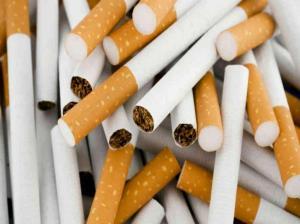 Incautan 920 cajetillas de cigarrillo en operativo en Manta