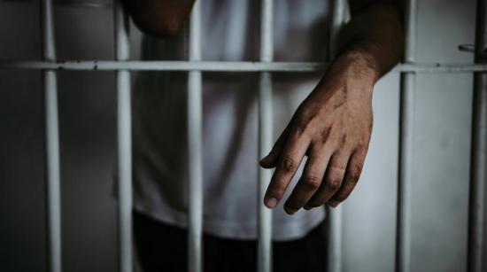 Chone: Hombre es detenido por un presunto delito sexual en contra de una adolescente