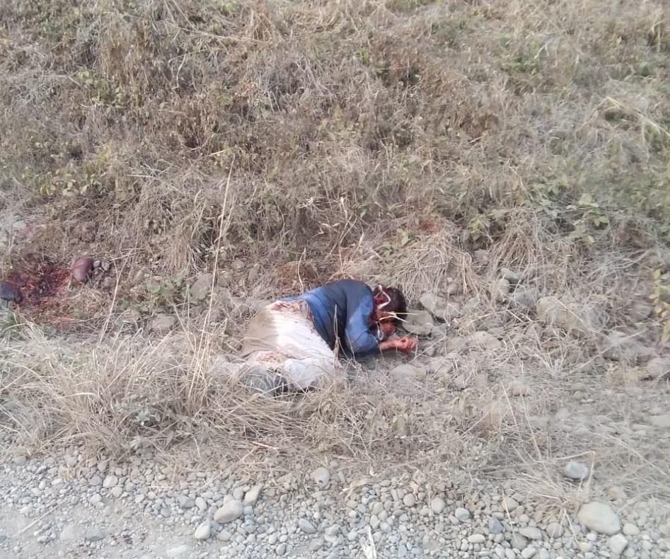 Hombre es asesinado a machetazos en El Carmen