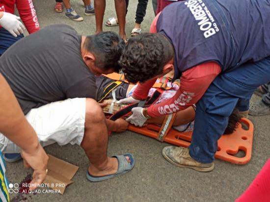Tres menores de edad quedan heridos tras un choque en El Carmen