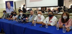 Gustavo Larrea: 'A Manabí la han engañado con un terreno de la refinería'