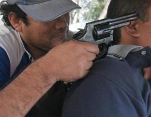 En Rocafuerte un hombre fue asaltado por 5 antisociales