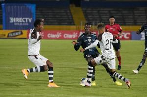 Independiente del Valle y Barcelona empatan por 1-1 en el Olímpico Atahualpa