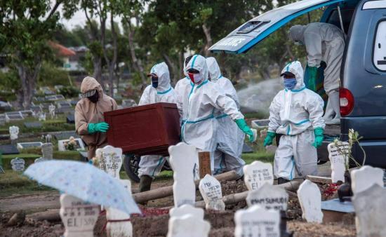 El COVID-19 rebasa ya la cifra del millón de muertos en el mundo