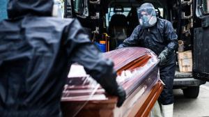Una de cada mil personas murió por covid-19 en Perú, cifra inédita en el mundo