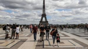 París y Marsella están en máxima alerta por el COVID-19