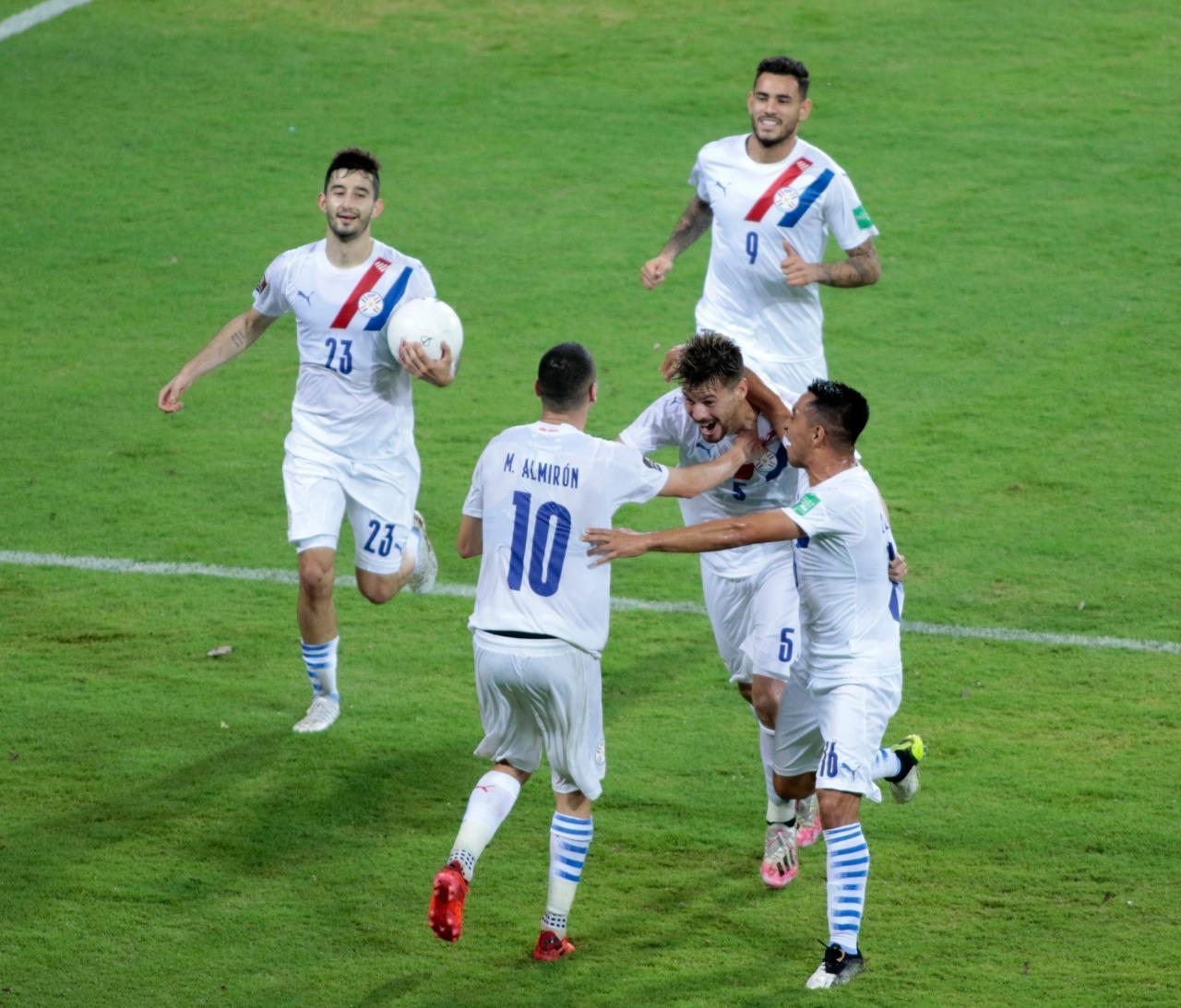 Paraguay consigue una ajustada victoria en su visita a Venezuela [1-0]