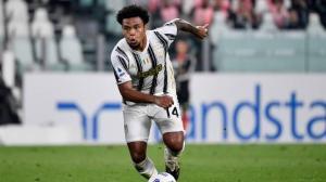 La plantilla del Juventus, confinada tras el positivo en Covid-19 de McKennie