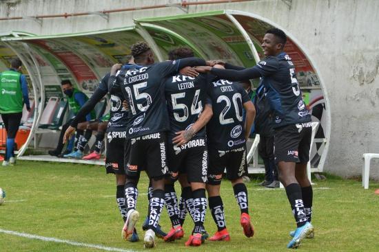 15 jugadores de Independiente del Valle con covid-19 de los 22 casos confirmados en el club