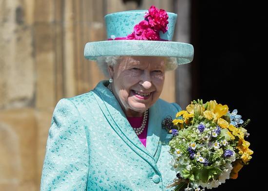 Isabel II sale de su residencia por primera vez desde el inicio de la pandemia de Covid-19